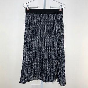LuLaRoe Jill Black & White Pleated Midi Skirt